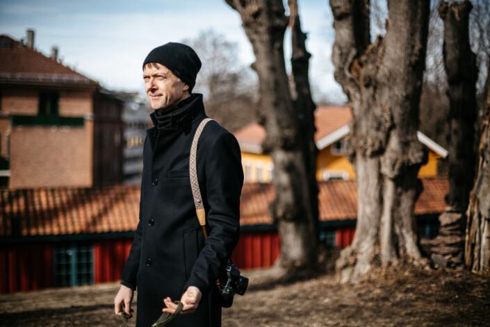 Knut Egil Wang har alltid med seg kamera når han går ut. Glemmer han det, går han ofte hjem for å hente det igjen.