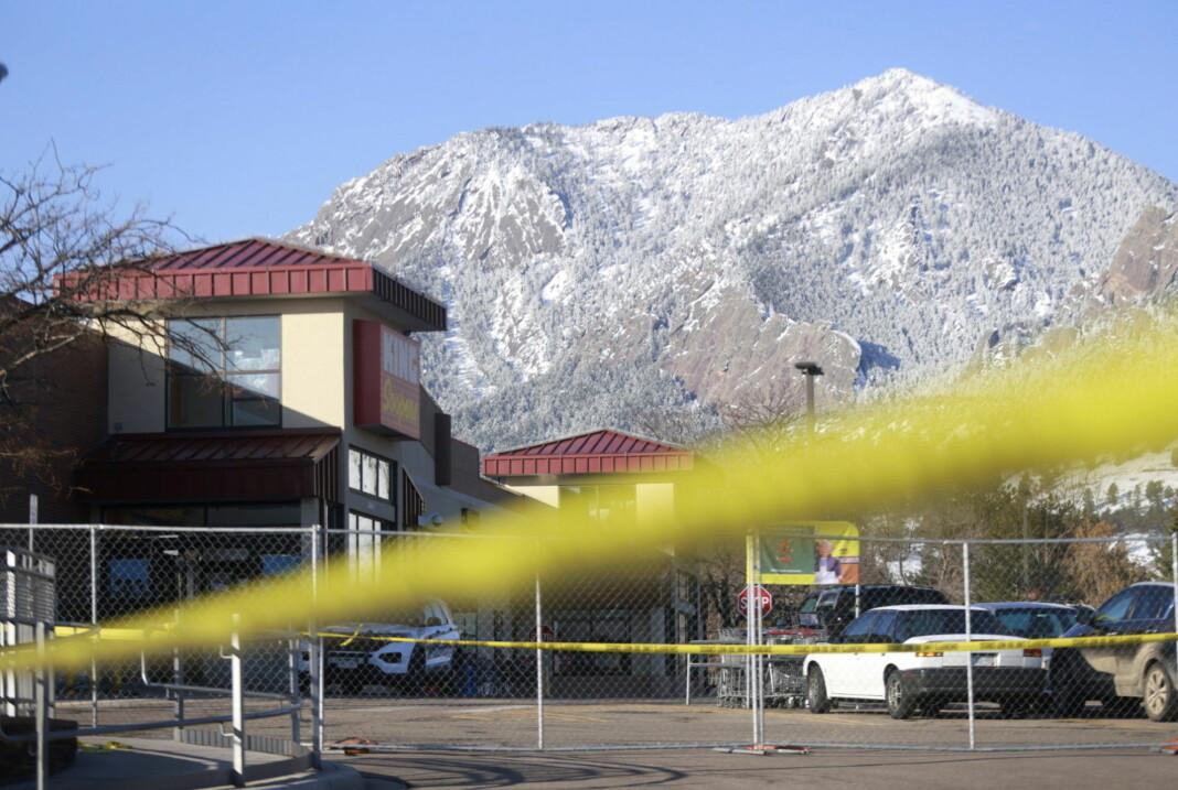 Boulder, Colorado 22. mars. Ti menneske vart drept vart drept i ei masseskyting.