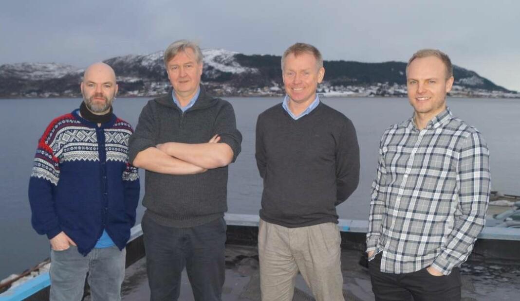 Nett.no-gjengen: Fra venstre Marius Rosbach (journalist), Kjetil Haanes (redaktør) og Ogne Øyehaug (journalist) og markedssjef Magnus Myklebust.