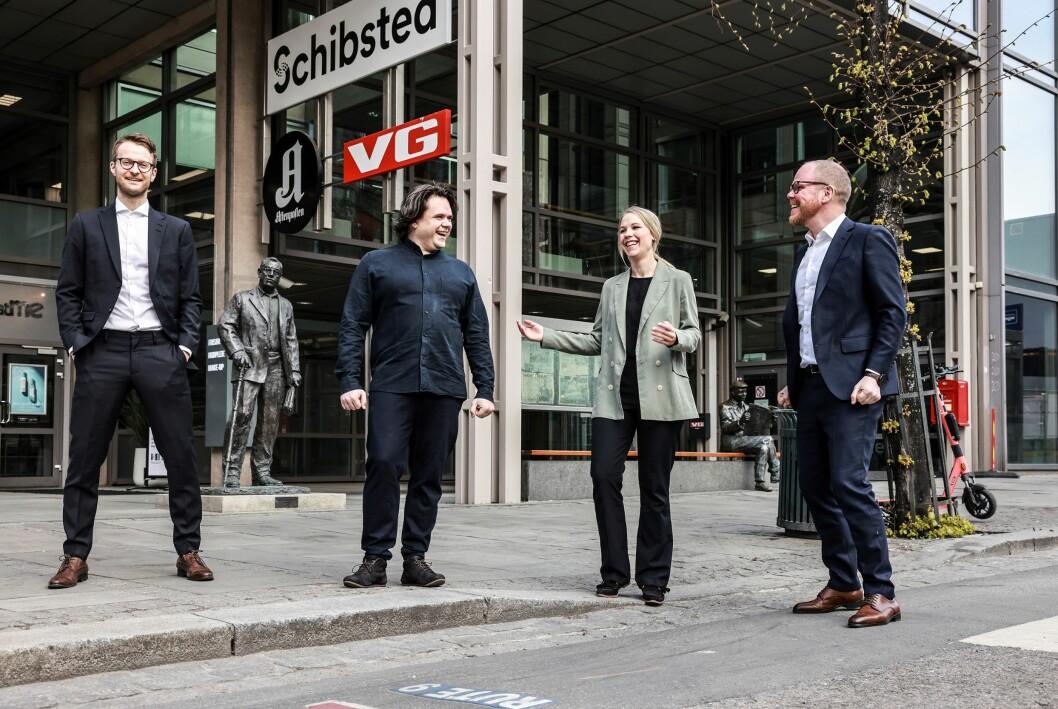 VGs koronaredaksjon ble hedret i dag, her vi deler av den: Fra venstre Sondre Nilsen, Jari Bakken, Oda Leraan Skjetne og Gard Steiro.