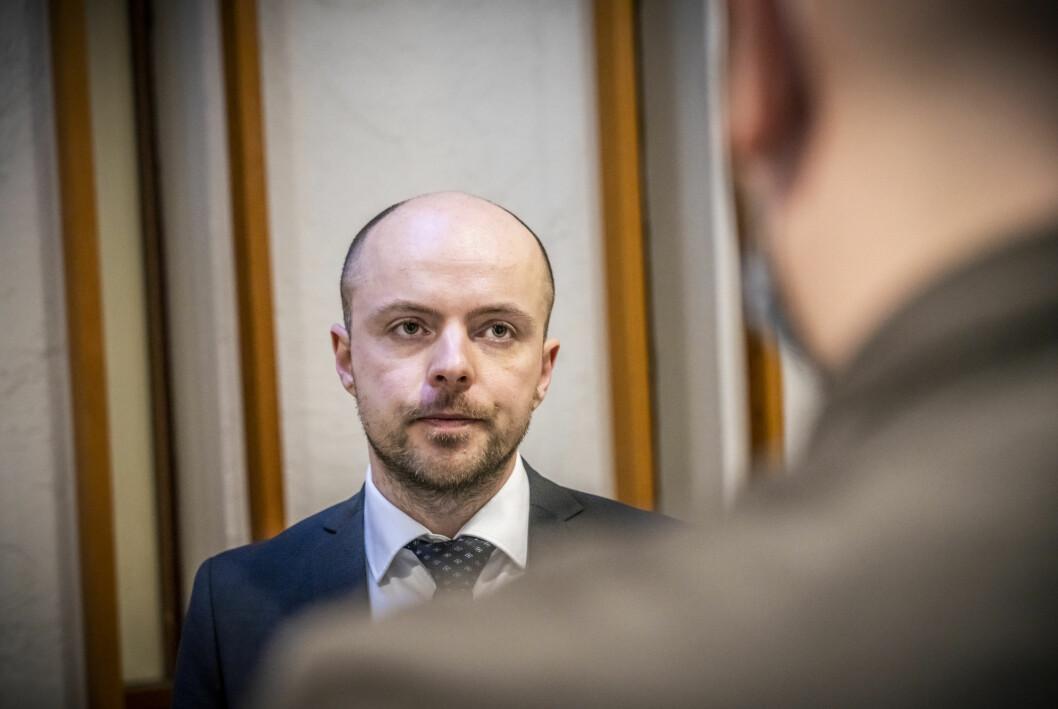16-åringens forsvarer, advokat Andreas Berg Fevang, har begjært lukkede dører i rettssaken som starter 18. mai.