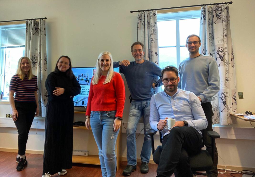 Kvinnheringen-redaksjonen: F.v: Elisabeth Berg Hass, Gina E. Albrethson, Mona Grønningen, Jonn Karl Sætre, Peder Sjo Slettebø og Håvard Røyrvik