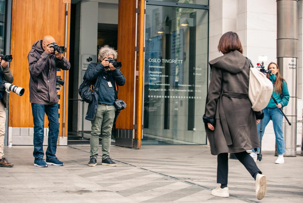 Line Andersen ankommer Oslo tingrett tirsdag morgen. Det er satt av fire dager til rettssaken.