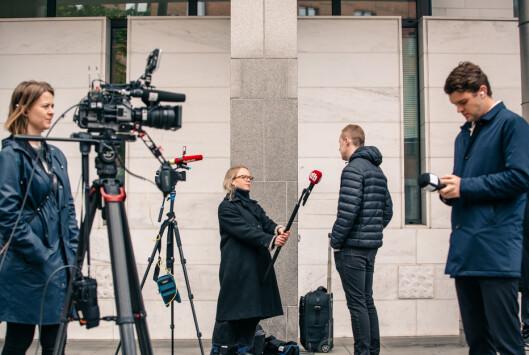 Åtte medier følger rettssaken via videostrøm. Men NRK er ikke en av disse.