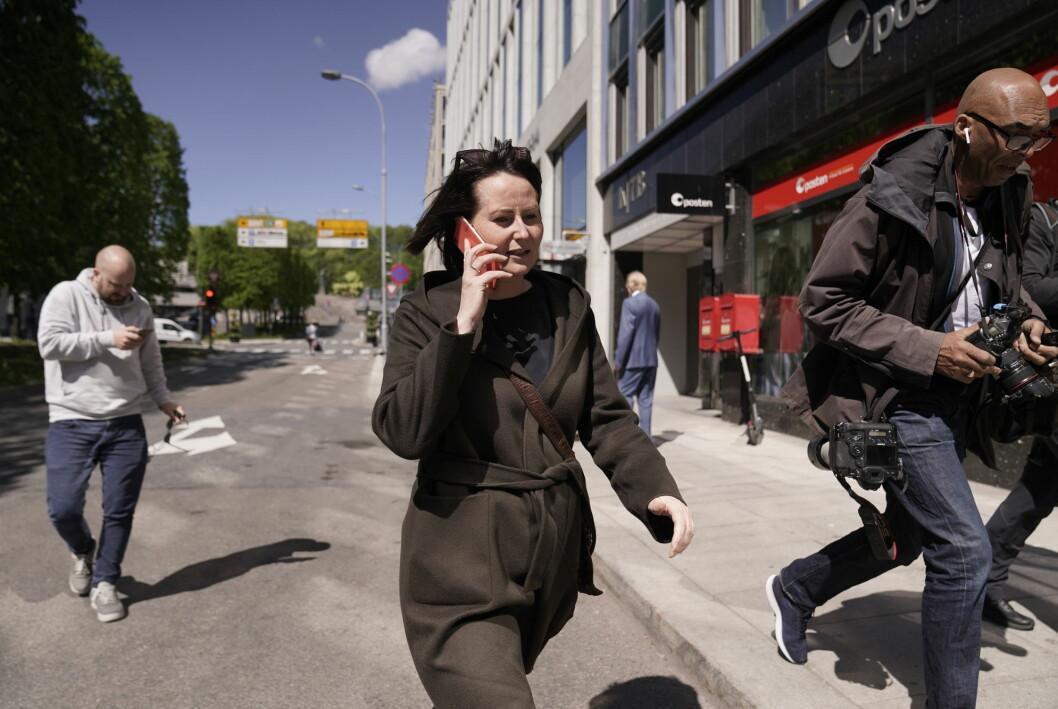 Line Andersen fotografert etter at det i dag ble kjent at hun og NRK har inngått et forlik.