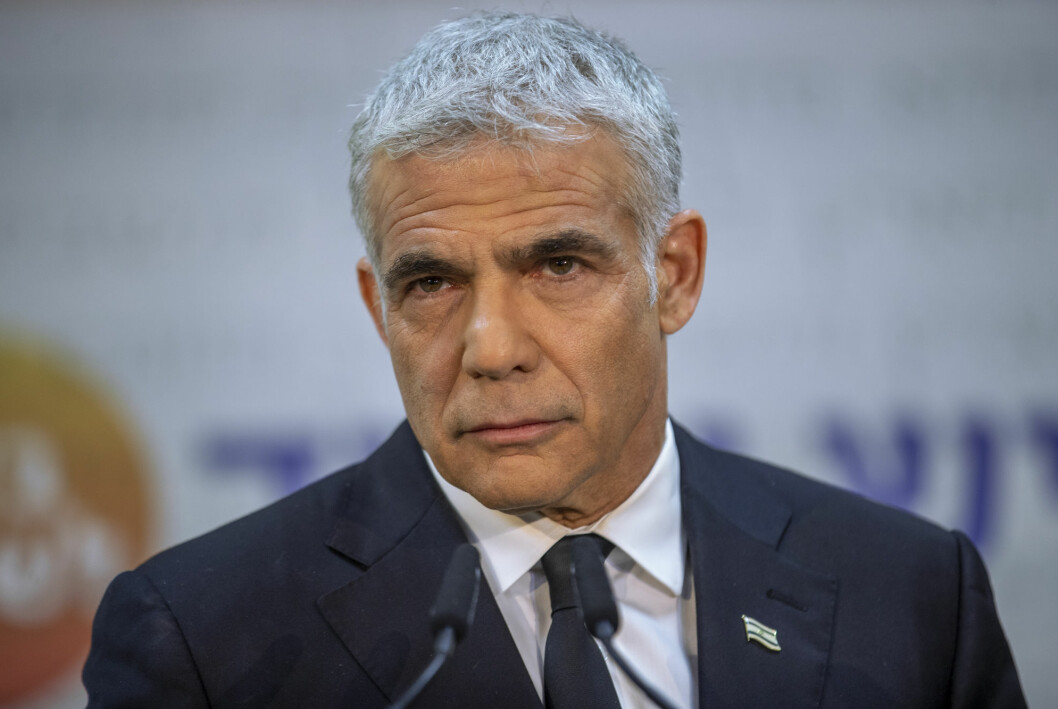 Yair Lapid leder partiet Yesh Atid og er mannen bak koalisjonsregjeringen som ble presentert sent onsdag kveld.