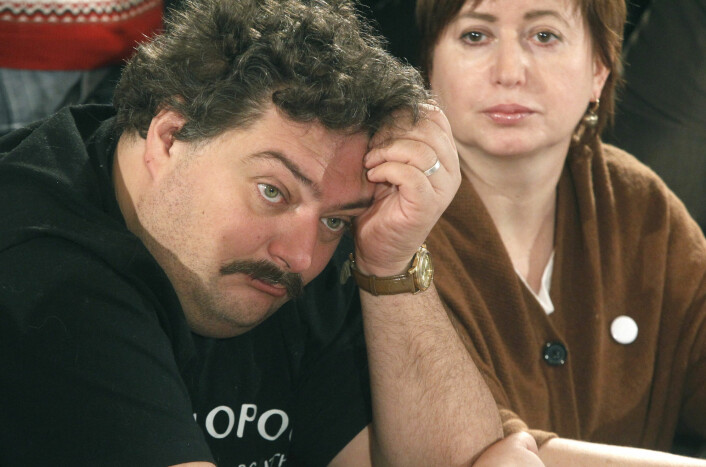 Russisk journalist og forfatter kan ha blitt forgiftet med nervegift