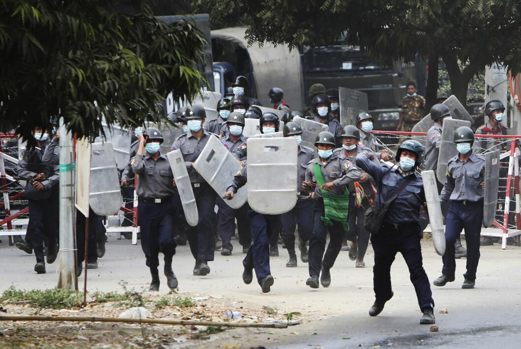 Militærjuntaen har slått hardt ned på protester mot kuppet. Flere tusen mennesker er arrestert.