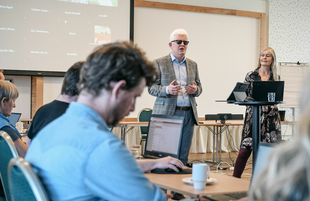 Leder Dag Idar Tryggestad og nestleder Hege Fagerheim på et landsstyremøte i Norsk Journalistlag tidligere i år.
