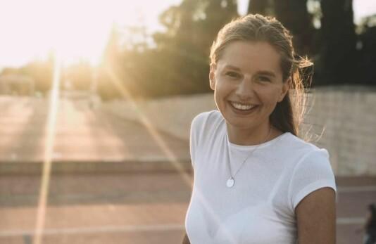 Ingeborg har stått i frontlinjen som sykepleier på koronamottak. Nå jobber hun som journalist