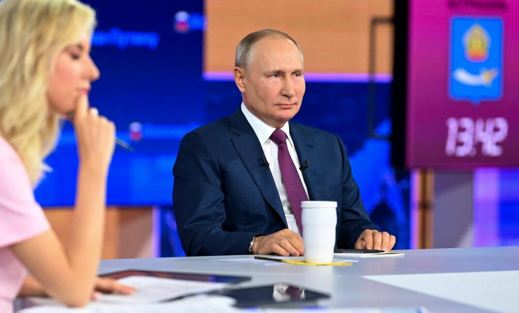 Russlands president Vladimir Putin, her fra et årlig innringerprogram på russisk fjernsyn 30. juni.
