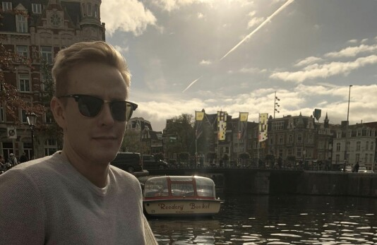 Fredrik Kampevoll blir gravejournalist i NRK