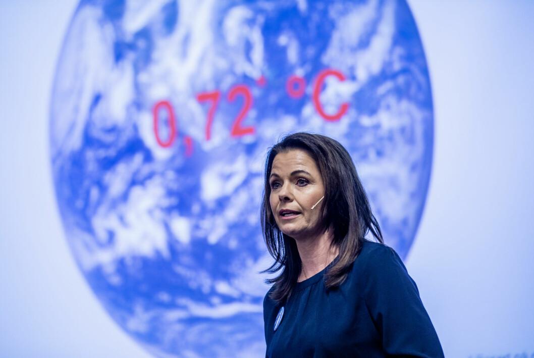 Statsmeteorolog Bente Wahl presenterer klimastatus 2020 på Meteorologisk institutt.