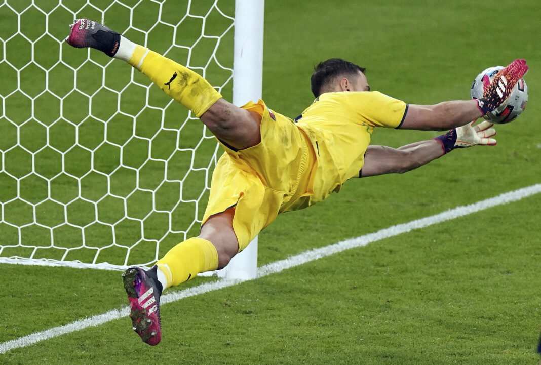 Italia-keeper Gianluigi Donnarumma ble helten under straffesparkkonkurransen som endte sommerens fotball-EM.