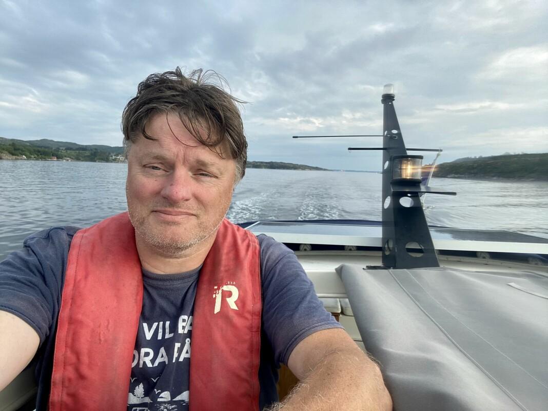 Per-Helge Berg tøffer rundt langs Norges kyst.