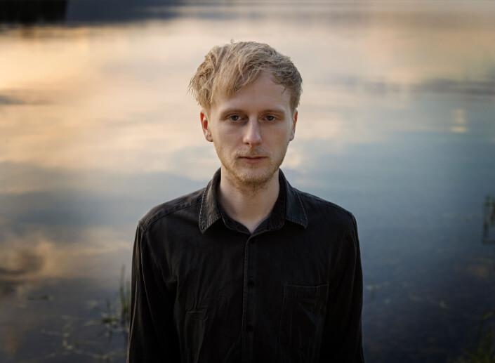 Oslo 2021: Ti år etter terroren på Utøya. Alexander Sandberg (25) jobber i kundeservice og bor med forloveden sin.