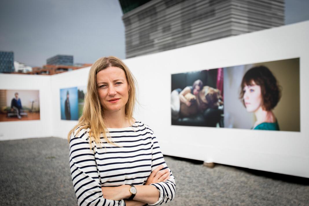 Dokumentarfotograf Andrea Gjestvang er aktuell med to Utøya-utstillinger i anledningen tiårsmarkeringen av terrorangrepet.