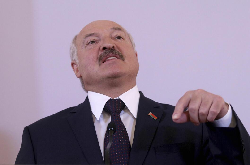 Aleksandr Lukasjenkos regime fortsetter å slå ned på uavhengige journalister og medier.
