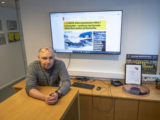 Lars Lier, konstitusjonert redaktør i Romerikes Blad, i tørrere omgivelser.
