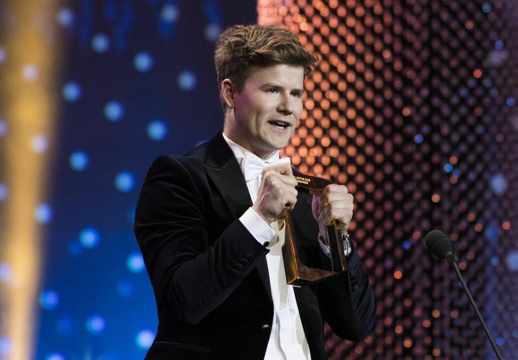 NRK Sporten-programleder Nicolay Ramm, her da han fikk publikumsprisen under Gullruten 2018.