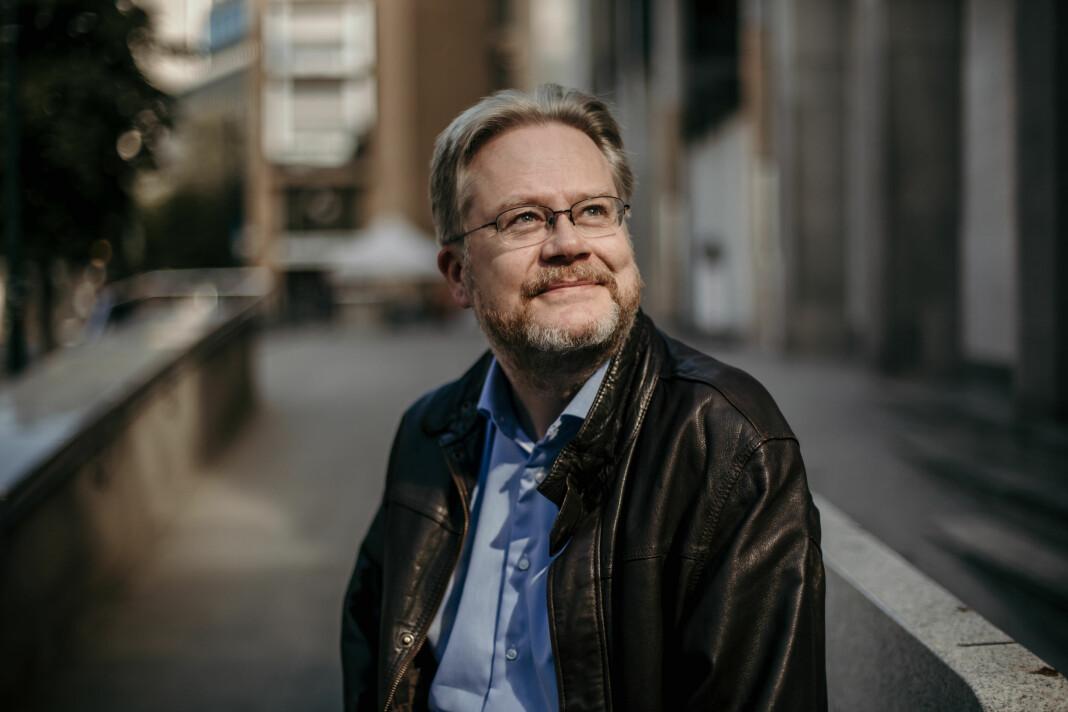 – Jeg sa opp jobben i Minerva i januar fordi jeg tenkte at dette valget bare blir traust, sier Jan Arild Snoen til Journalisten.