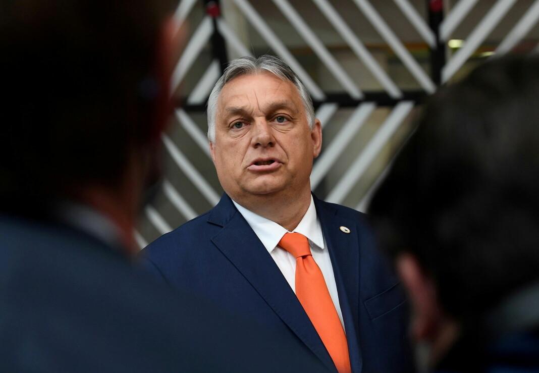 «Hvis en person, land eller organisasjon blir oppfattet som ille nok av mange nok, kan vanlige journalistiske prinsipper legges til side», skriver Thomas Vermes. På bildet er Ungarns statsminister Viktor Orbán i Brussel.