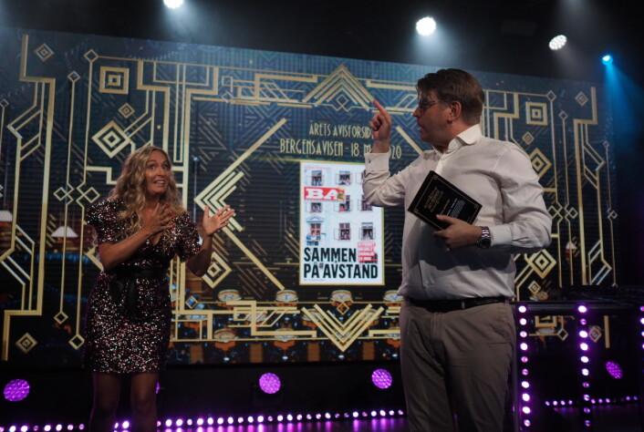 Første pris gikk til Bergensavisen. Prisen ble tatt i mot av sjefredaktør Sigvald Sveinbjørnsson.