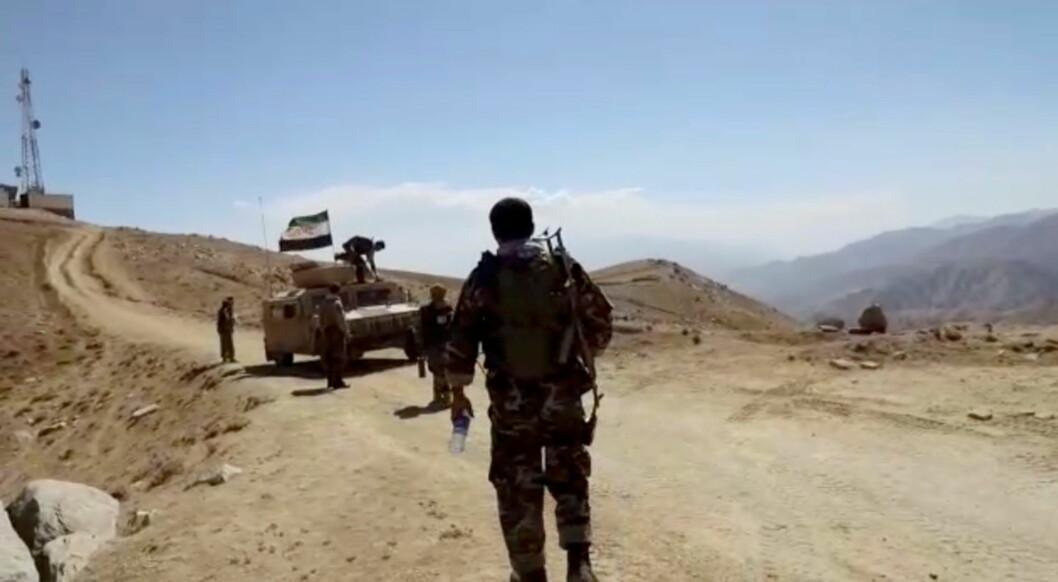 Soldater fra National Resistance Front of Afghanistan (NRF) fotografert før det siste Taliban-angrepet.