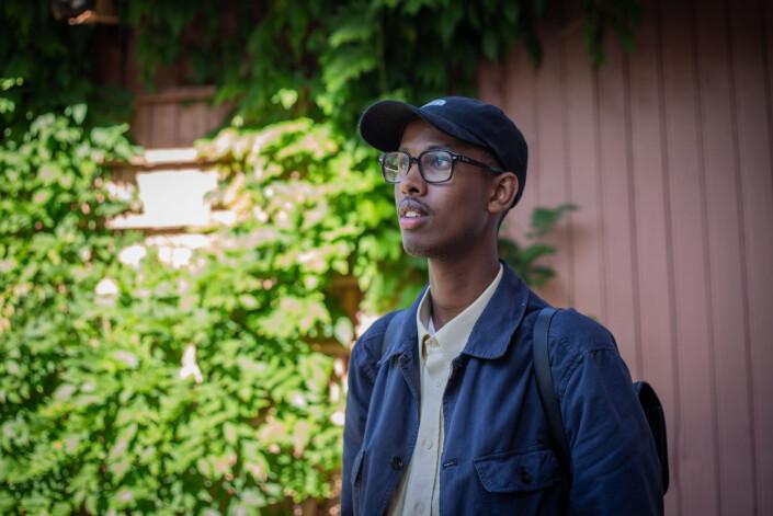 Abdirahman Hassan i Botaniske Hage på Tøyen, noen hundre meter fra barndomshjemmet.