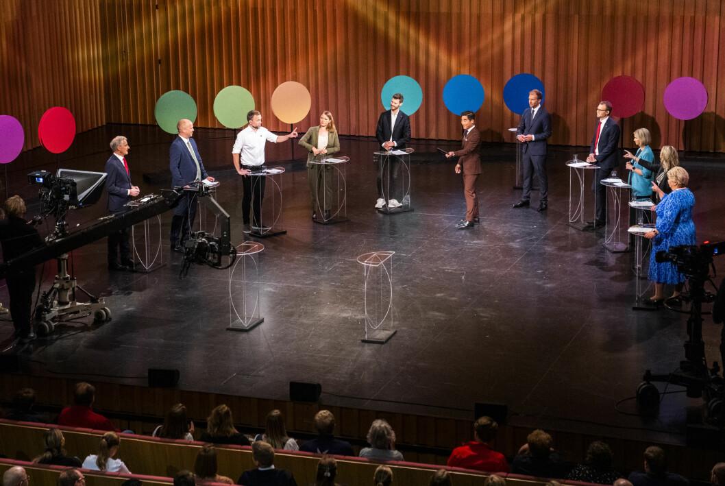 I alt 618.000 seere fikk med seg valgkampens siste partilederdebatt på NRK fredag.