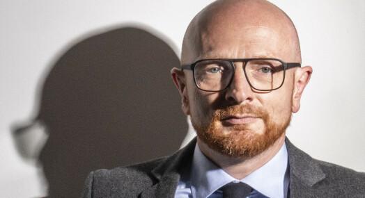 Trøbbel for Mads Brüggers nysatsing: Navnga fornærmet i voldtektssak