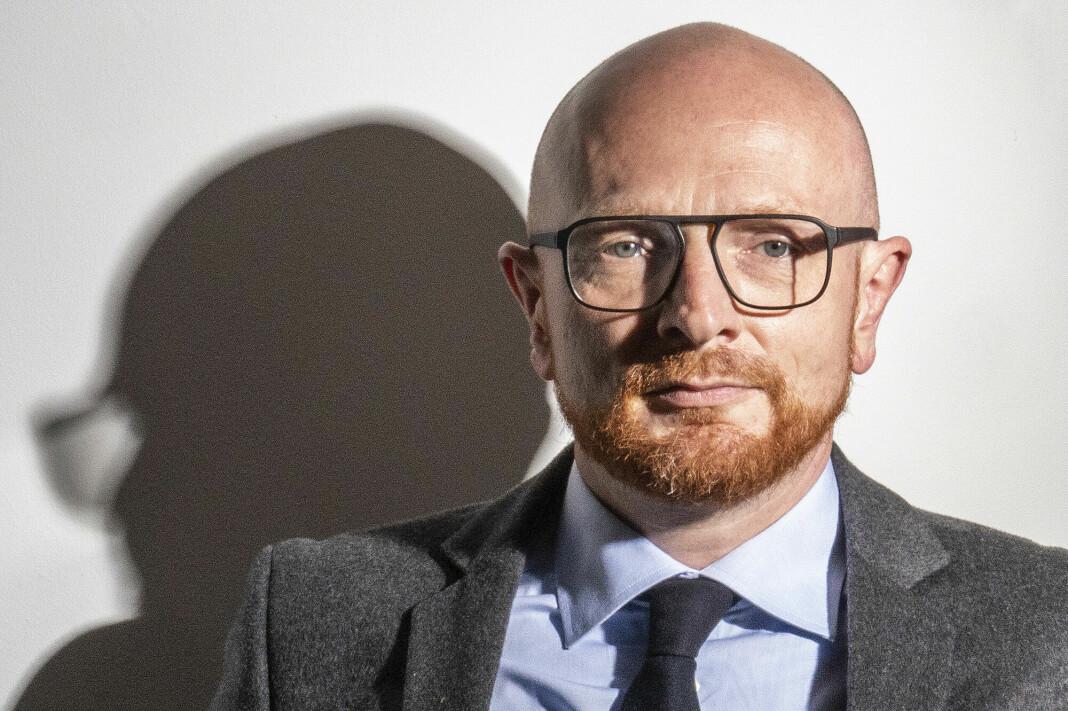 Mads Brügger er kjent som journalist og dokumentarist, nå også sjefredaktør.
