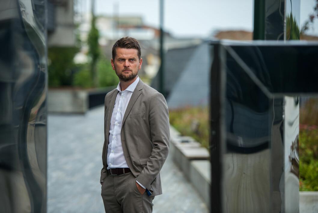 Advokat Stian Kristensen er forsvarer for mannen som er siktet for drapet på Birgitte Tengs i 1995.