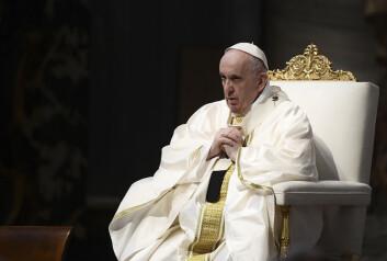Pave Frans har slett ikke påstått at man må vaksinere seg mot covid-19 for å slippe inn i himmelen, slik det hevdes i en artikkel spredt i sosiale medier. Artikkelen sto opprinnelig å lese i det satiriske nettstedet Babylon Bee i USA.